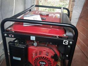 Бензиновый генератор Elitecn бэс 8000 Е
