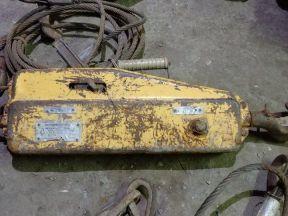 Лебедка с монтажно-тяговым механизмом