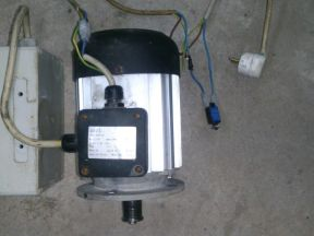 Электродвигатель однофазный 230 Вольт 750 Ватт