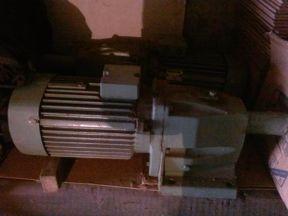 Электродвигатель с редуктором VEM