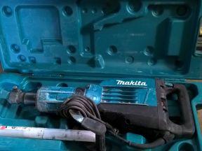 отбойный молоток Макита HM1307
