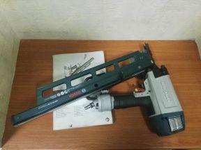 Гвоздезабиватель Bosch GSN 90-21 RK + гвозди
