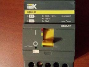 Автоматический выключатель BA 88-32 25А 25кА (IEK)