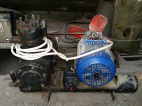 Компрессор морозильной камеры 380В
