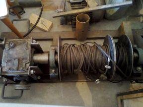 Лебедка и электродвигатель