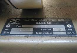 Насос вакуумный,2 DS-1, DDR, б/у
