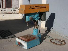 Сверлильный станок 2М112