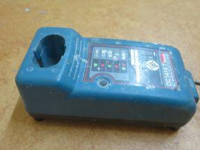Зарядное устройство Makita 1414 Т