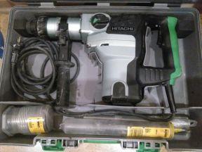 Перфоратор Hitachi DH38ms бу с расходниками