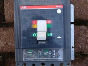 Автоматический выключатель ABB Т Мах T5N400 - 400 A
