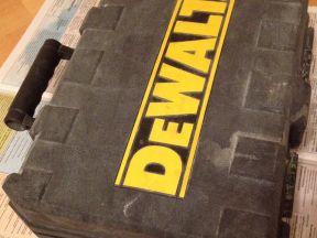 Перфоратор dewal (D25103k). 780Вт. 1150 оборотов/м