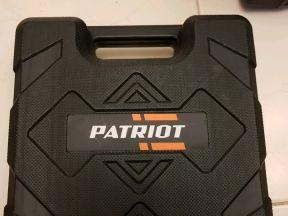 Шуруповерт Patriot