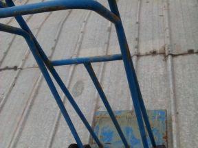 Универсальная тележка подъема грузов по лестнице