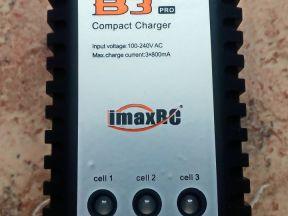 Зарядное устройство литиевых аккумуляторов ImaxRC