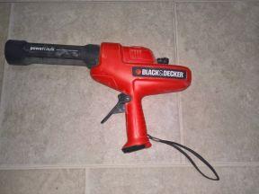Пистолет для герметика аккумуляторный BlackDecker