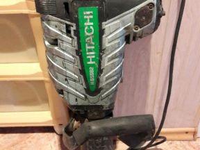 Молоток отбойный Hitachi H65b2