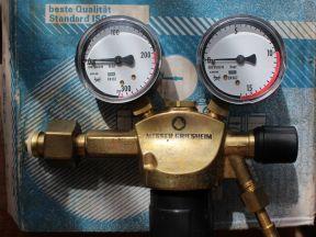Редуктор газовый кислородный Messer Constant 2000