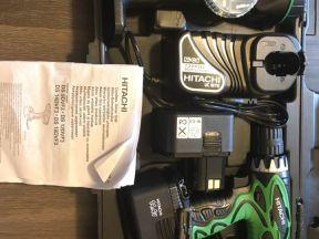 Шуруповёрт Hitachi DS14DVF3-RA