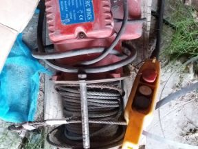 Лебедка электрическая KDJ-300E
