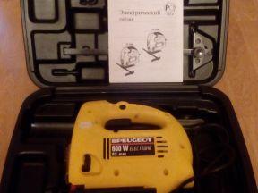 Электрический лобзик peugot TS 2706