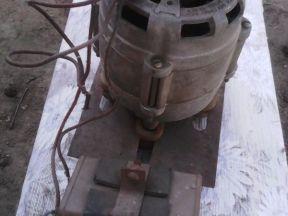 Электродвигатель 220Вт