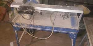 Продам плиткорез электрический б/у