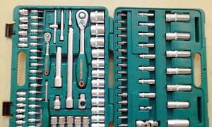 Профессиональный инструмент Jonnesway 94 предмета