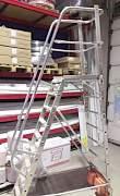 Лестница с платформой krause
