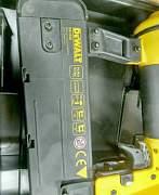 Гвоздезабиватель (нейлер) Dewalt D51238K