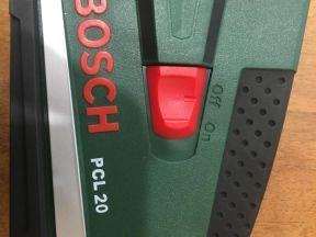 Нивелир Bosch PCL 20. чехол, штатив