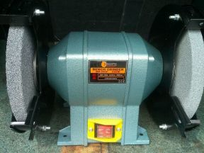 Станок точильный (новый) 550 Вт. Диск 200мм