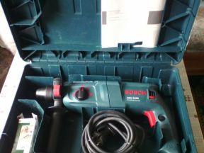 Перфоратор Bosch GBH 2400 Профессионал