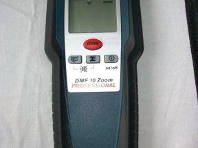 Детектор проводки металла bosch DMF 10 zoom