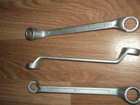 Накидные коленчатые гаечные ключи 24Х30мм,12х13мм