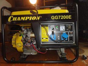 Бензиновый электро генератор Champion GG7200E
