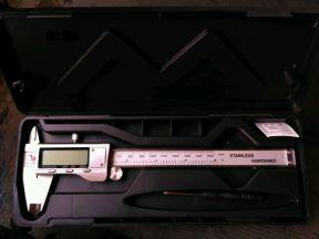Штангенциркуль электронный 0-150мм