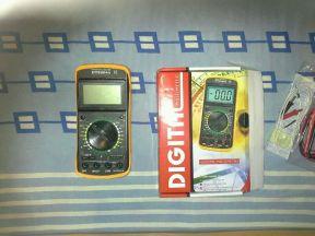 Digital Multimeter DT9208A