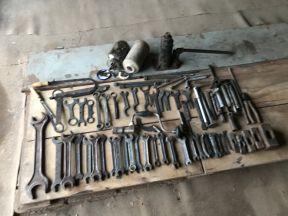 Набор слесарного и машинного инструмента