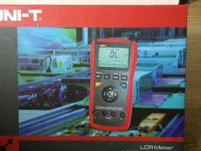 UT612 измеритель LCR с авт. выбором диапазона