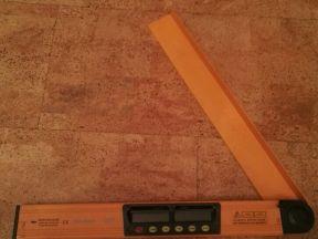 Угломер с лазерным и электронным уровнем