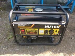 Электрогенератор бензиновый Huter DY 4000L 3.0 кВт
