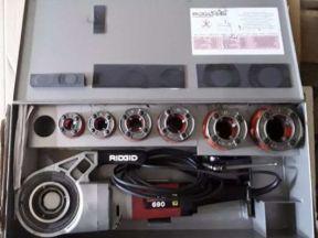 Электрический резьбонарезной клупп ridgid 690