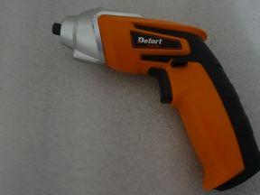 Электрическая отвертка Defort DS-36-GLt