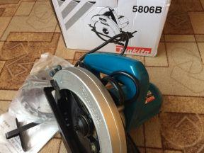 Циркулярная дисковая пила Makita 5806