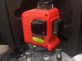 Лазерный построитель плоскостей 3х360, Bosch 3-80
