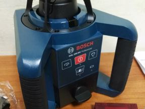 Ротационный лазер Bosch GRL 250 HV (новый)