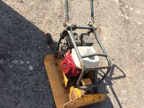 Enar PEN16 D Бензиновая виброплита PEN 16D