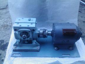 Двигатель постоянного тока с редуктором 2Ч-40