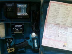 Аккумуляторный ударный гайковёрт Makita TD 110 DWA