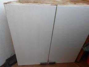 Металлический шкаф для хранения инструментов